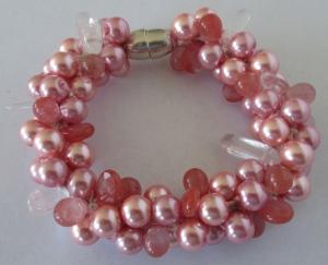 bracelet-pink-pearls